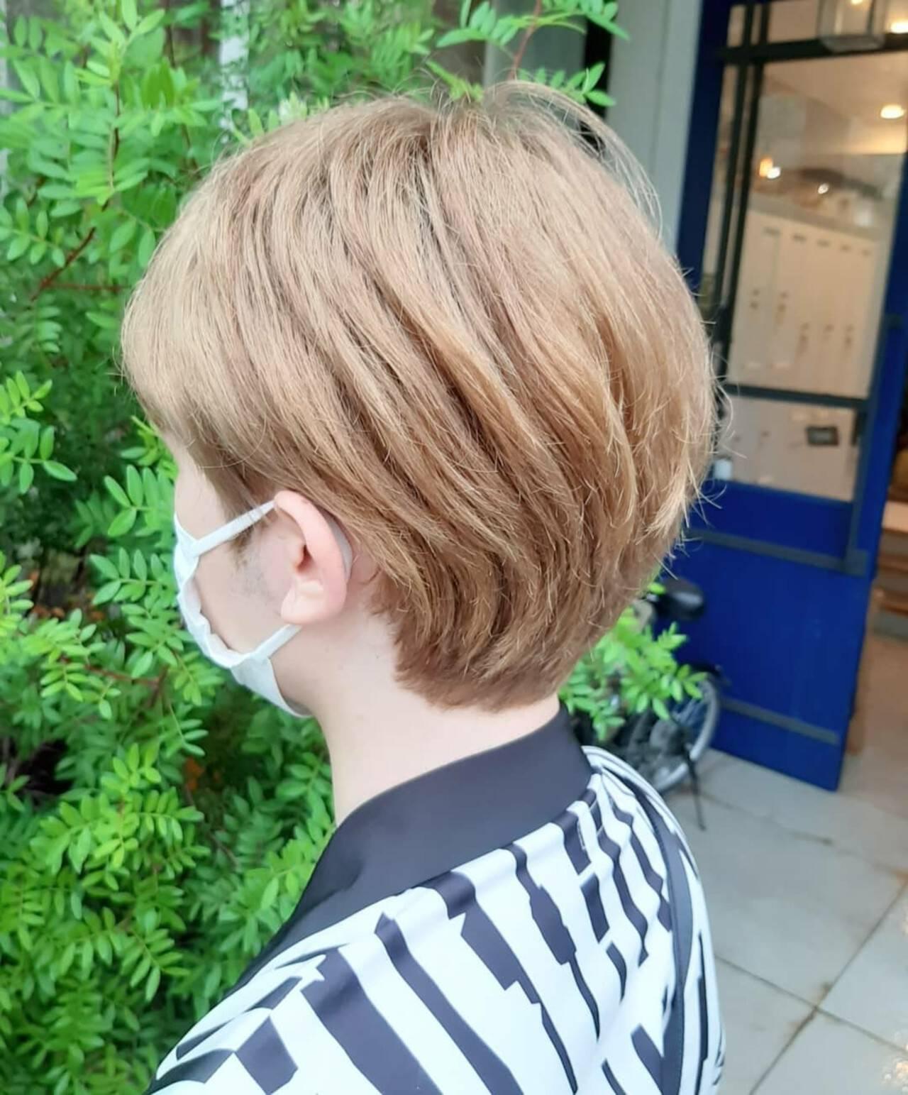 モード ウルフカット ショートボブ インナーカラーヘアスタイルや髪型の写真・画像