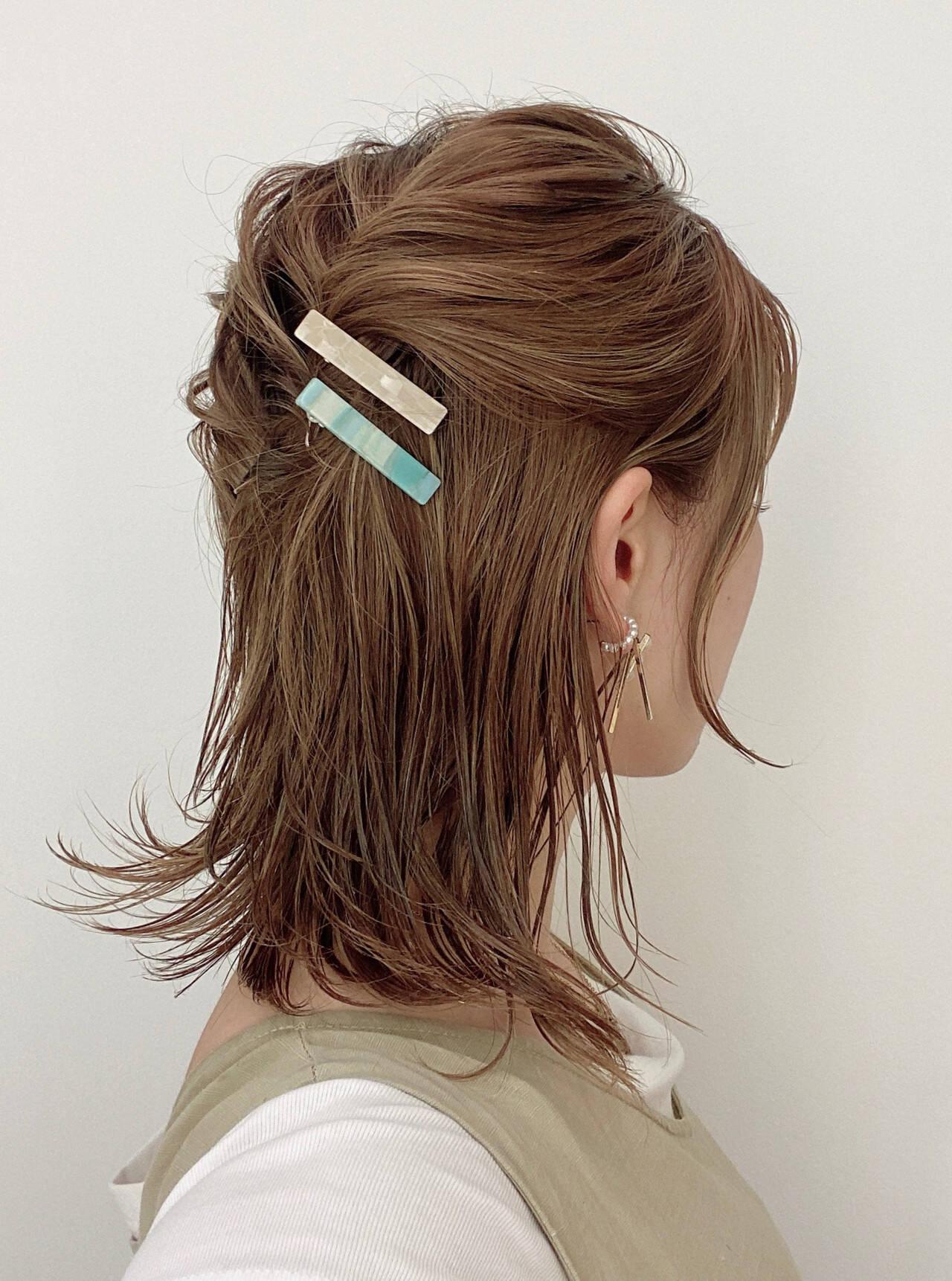 ハーフアップ ナチュラル セルフヘアアレンジ ヘアアレンジヘアスタイルや髪型の写真・画像