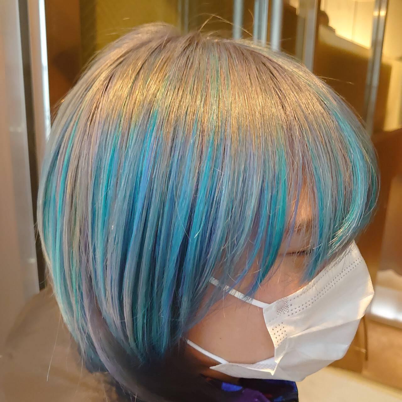 ターコイズブルー モード クリエイティブ ハイライトヘアスタイルや髪型の写真・画像