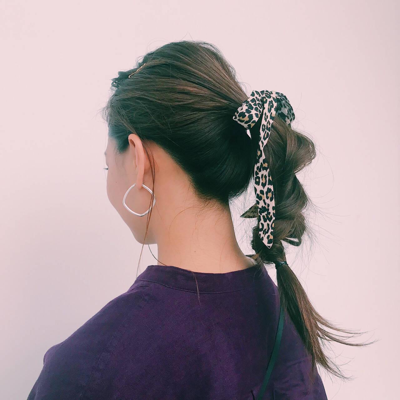 ヘアアレンジ くるりんぱ 簡単ヘアアレンジ ロングヘアスタイルや髪型の写真・画像
