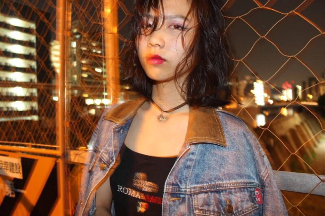 ウェーブ ストリート ミディアム ラフヘアスタイルや髪型の写真・画像