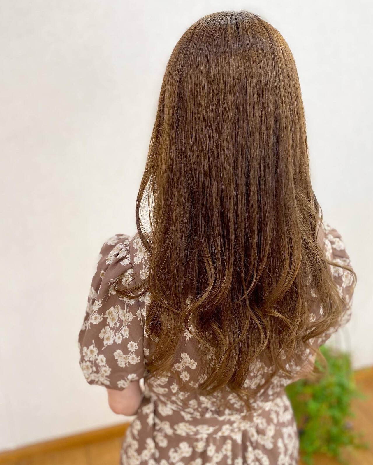 ベージュ ミルクティーベージュ 髪質改善カラー シアーベージュヘアスタイルや髪型の写真・画像