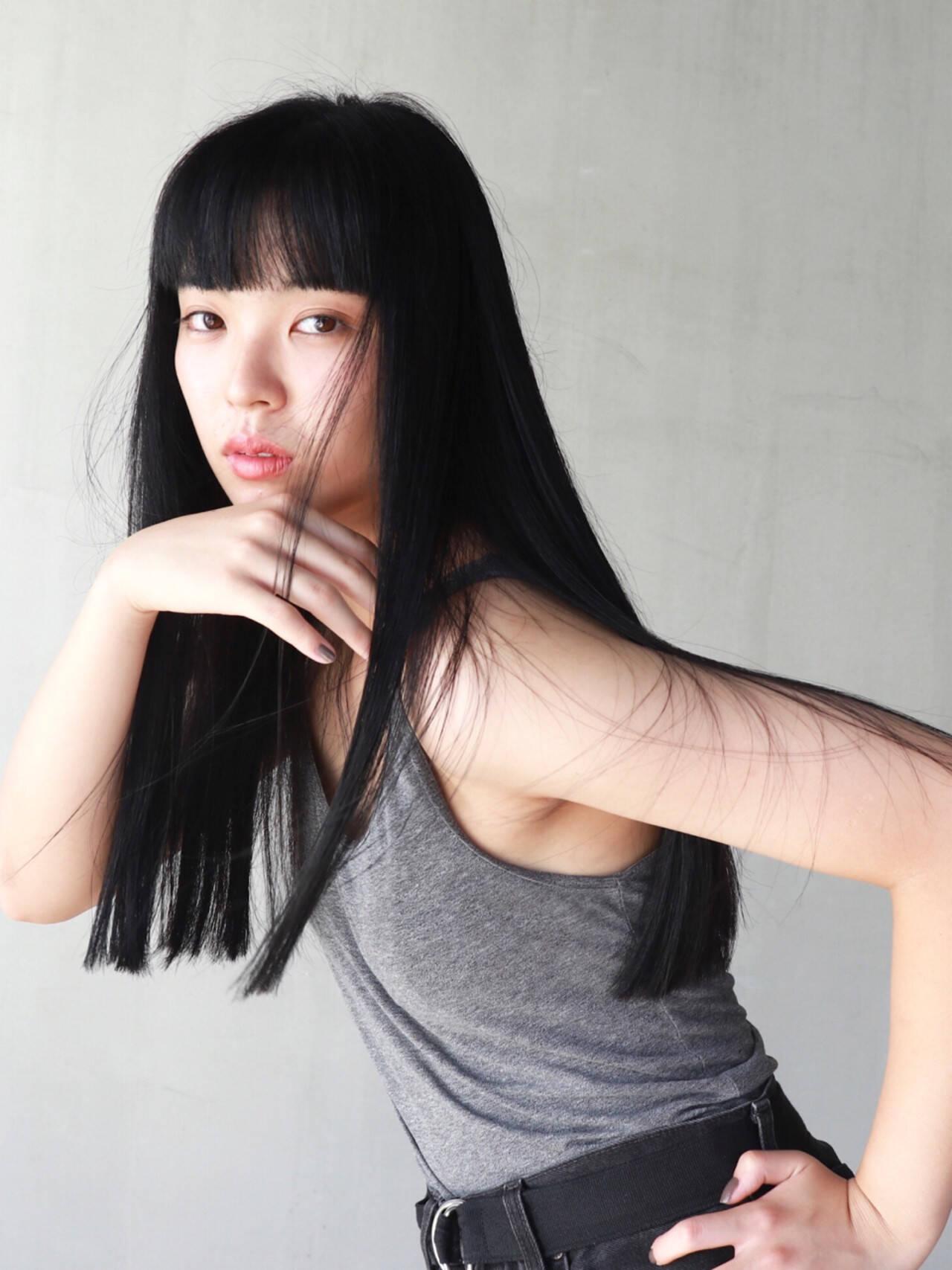 モード ブラントカット 簡単 切りっぱなしヘアスタイルや髪型の写真・画像