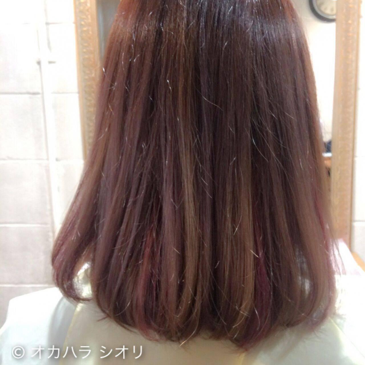ダブルカラー ベージュ ピンク ストリートヘアスタイルや髪型の写真・画像
