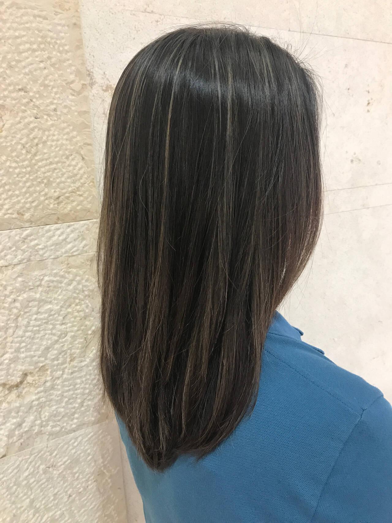 ハイライト モード こなれ感 ロングヘアスタイルや髪型の写真・画像