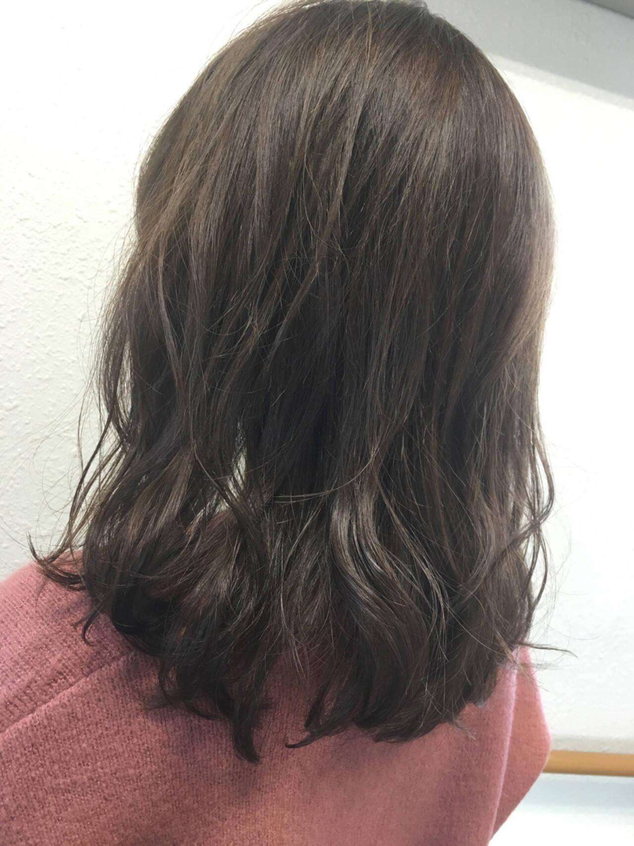 アッシュ ミディアム ストリート 黒髪ヘアスタイルや髪型の写真・画像