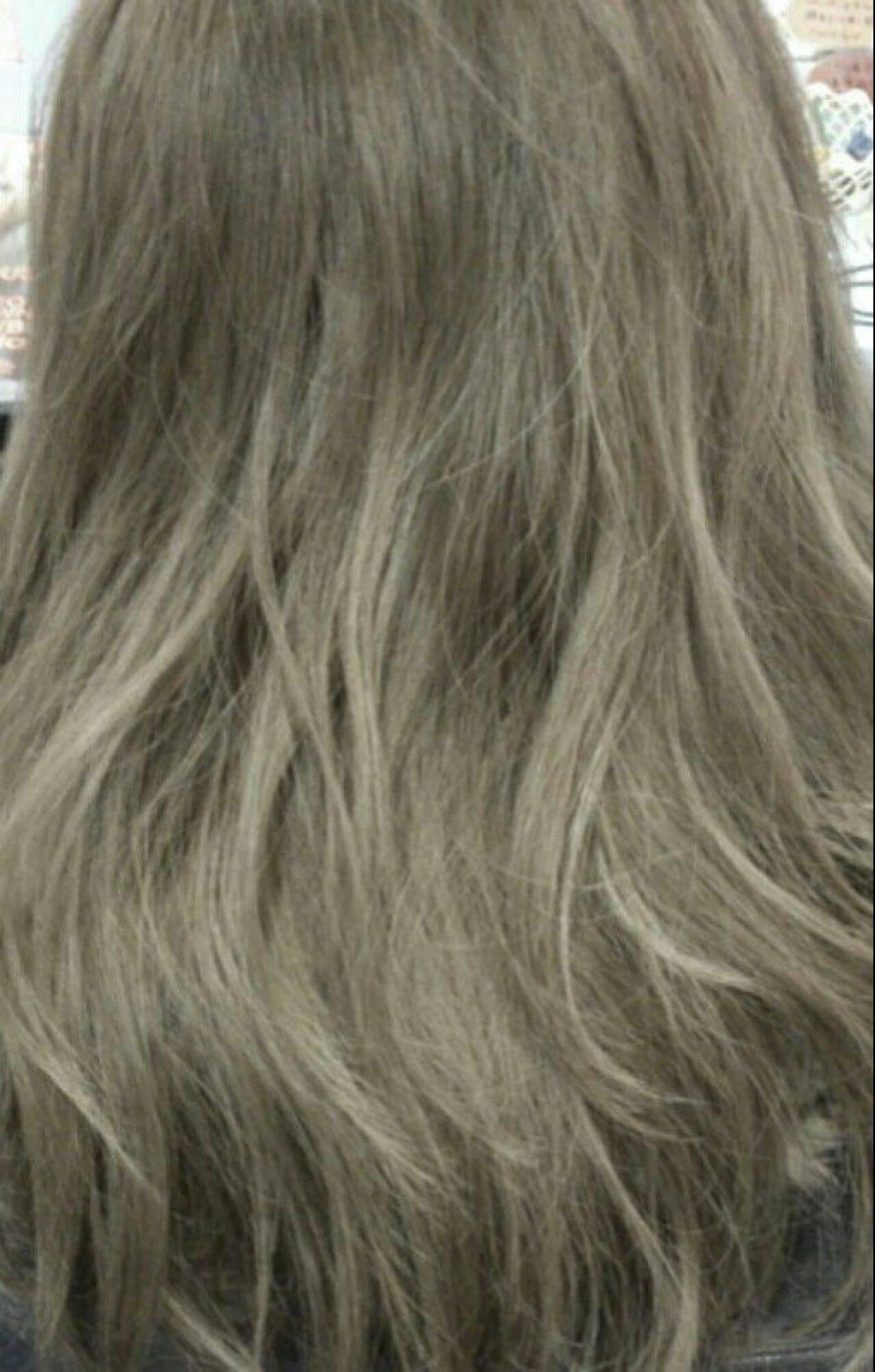 暗髪 グラデーションカラー ウェーブ 外国人風ヘアスタイルや髪型の写真・画像