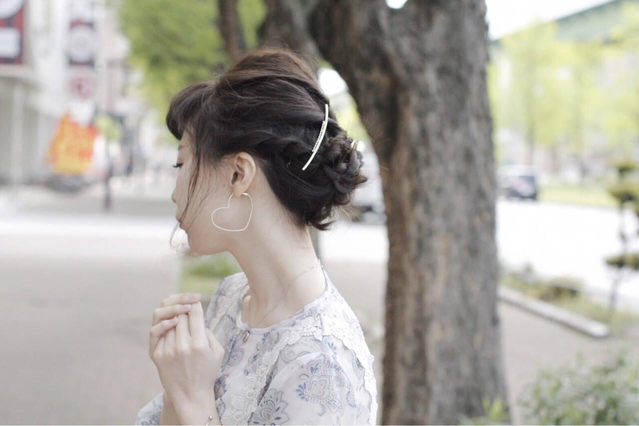 ヘアピン ヘアアクセ ミディアム 簡単ヘアアレンジヘアスタイルや髪型の写真・画像
