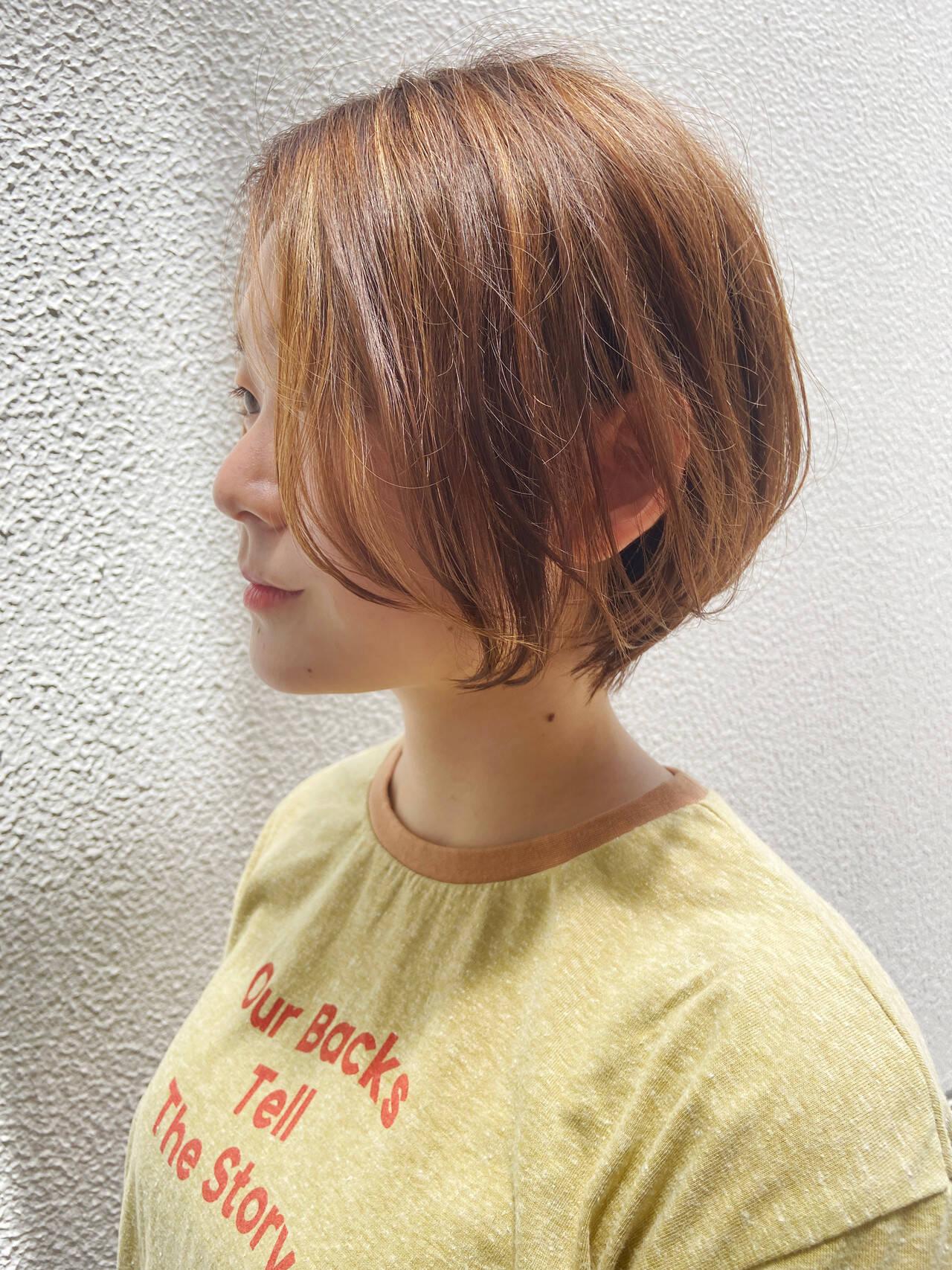 ナチュラル 大人ショート アッシュグレージュ ショートヘアスタイルや髪型の写真・画像