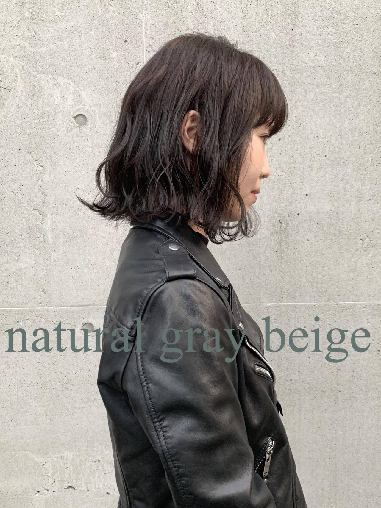 グレージュ アッシュグレージュ ストリート アッシュヘアスタイルや髪型の写真・画像