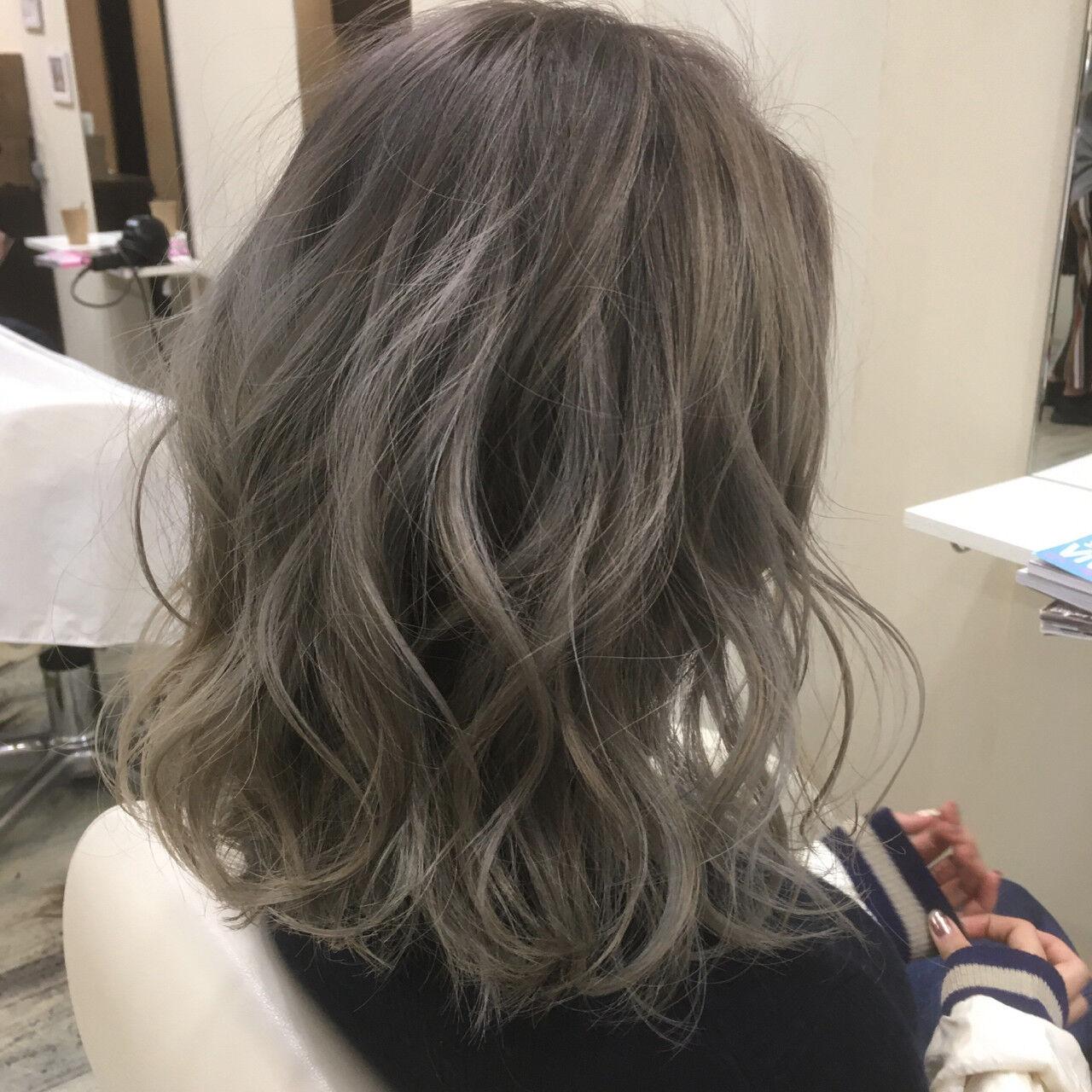 グラデーションカラー 色気 ニュアンス ボブヘアスタイルや髪型の写真・画像