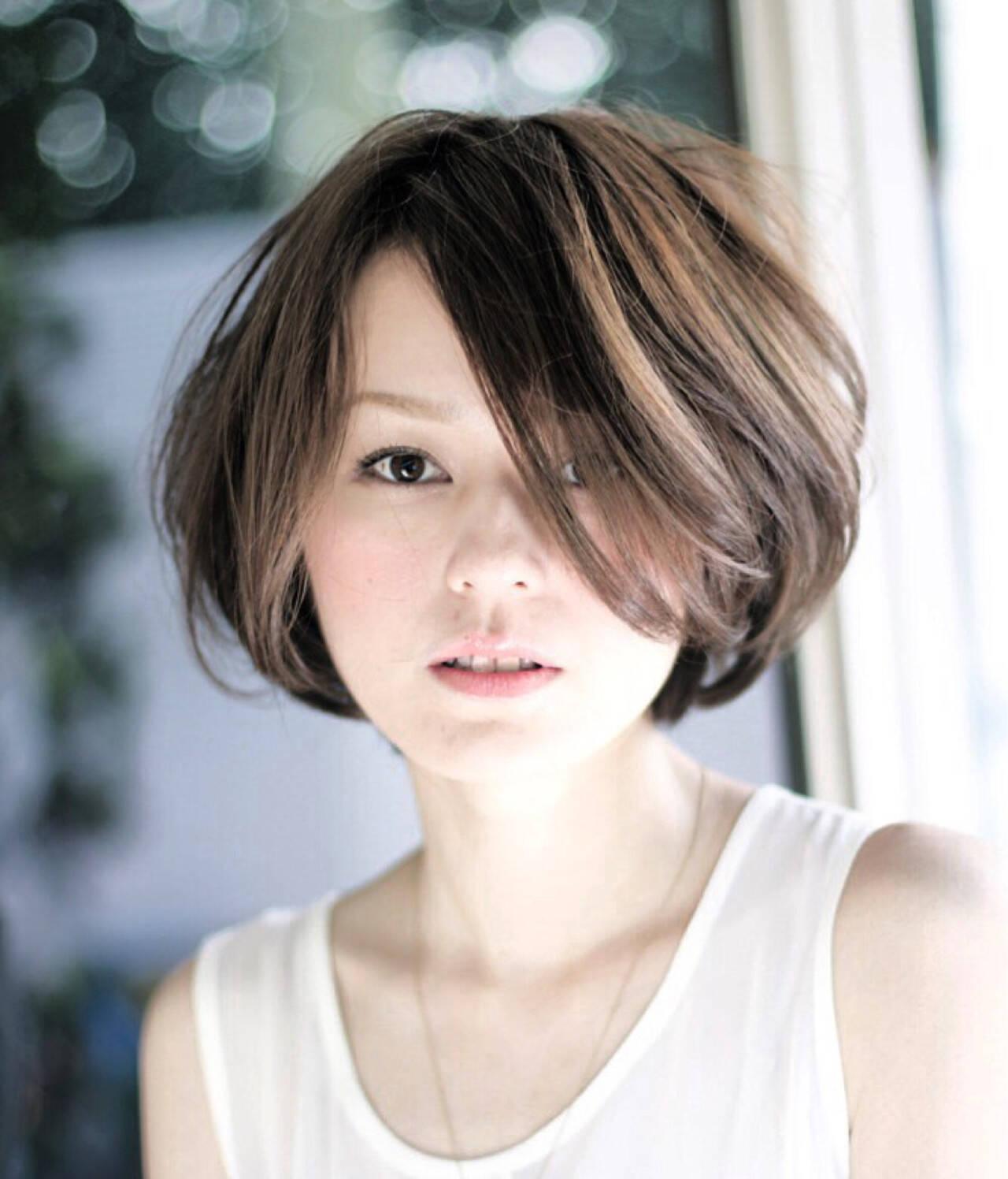 ハイライト 色気 アッシュ 外国人風ヘアスタイルや髪型の写真・画像
