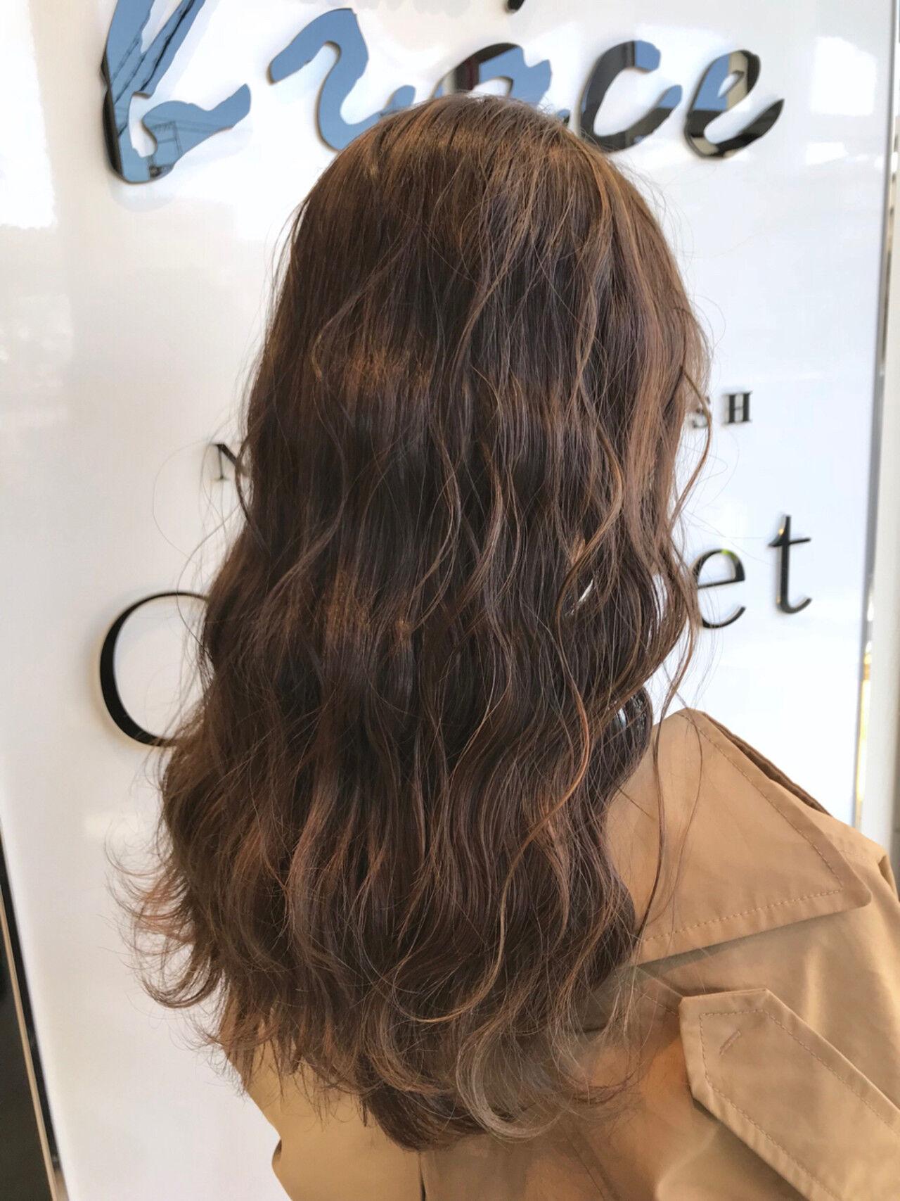 ロング 外国人風 ウェーブ ゆるふわヘアスタイルや髪型の写真・画像
