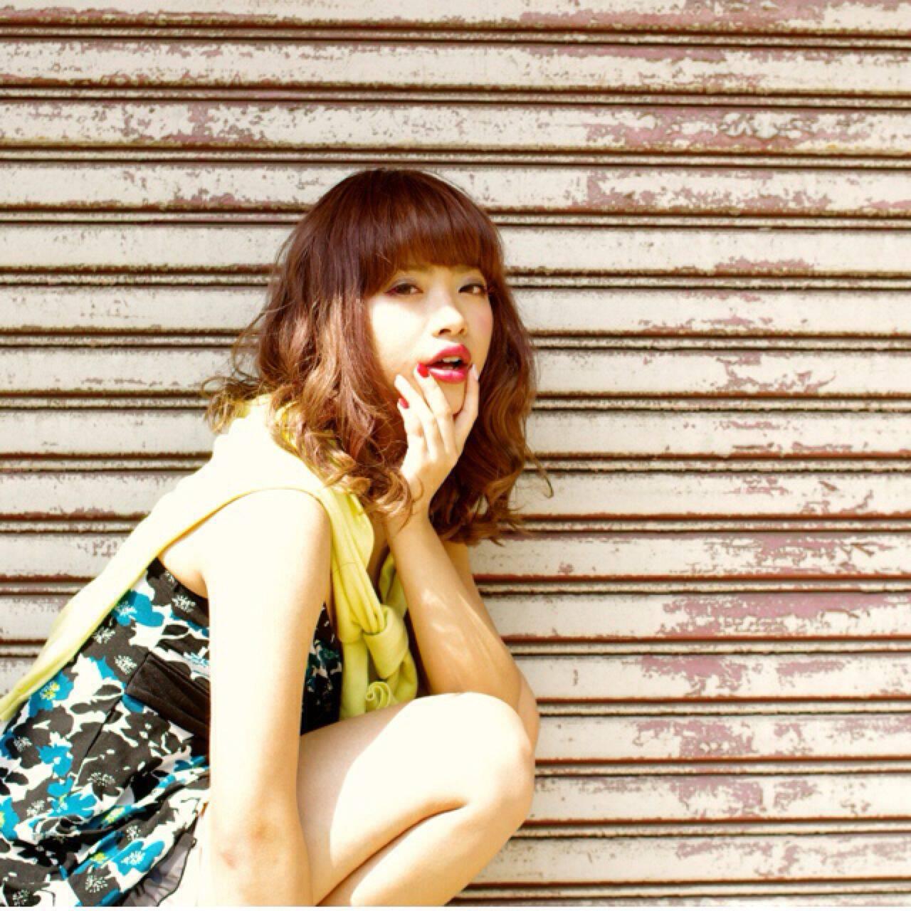 外国人風 ミディアム グラデーションカラー ストリートヘアスタイルや髪型の写真・画像