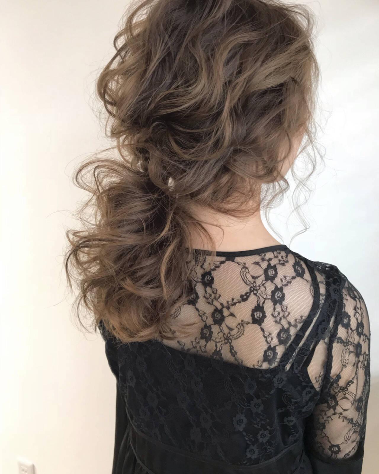 外国人風カラー ウェーブ エレガント ヘアアレンジヘアスタイルや髪型の写真・画像