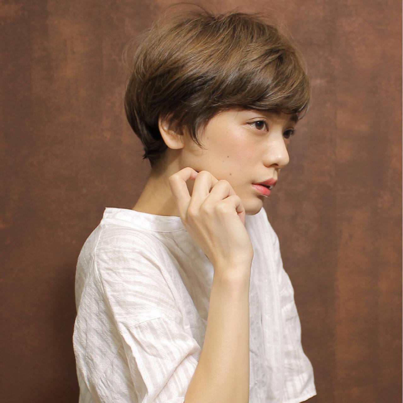 ショート かわいい ナチュラル 大人女子ヘアスタイルや髪型の写真・画像