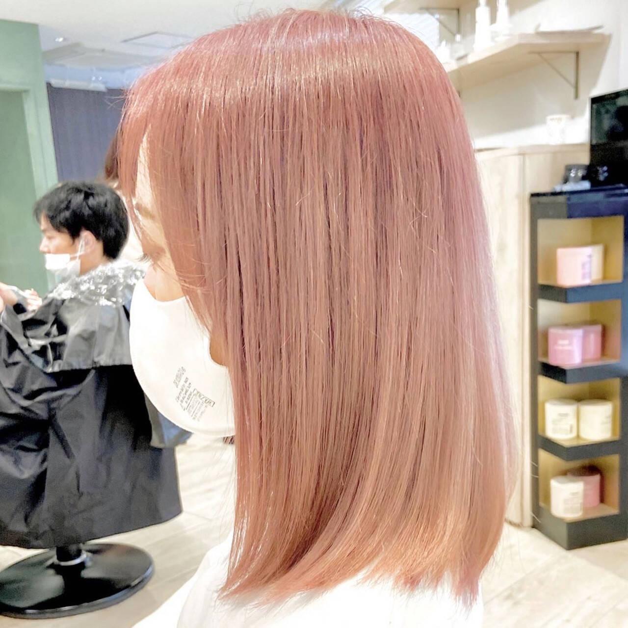 ピンク ピンクベージュ ラズベリーピンク フェミニンヘアスタイルや髪型の写真・画像