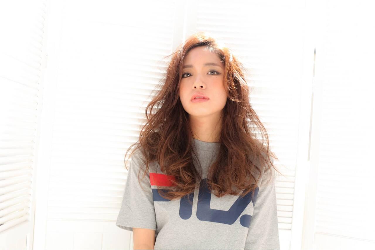 ストリート 外国人風 グラデーションカラー セミロングヘアスタイルや髪型の写真・画像