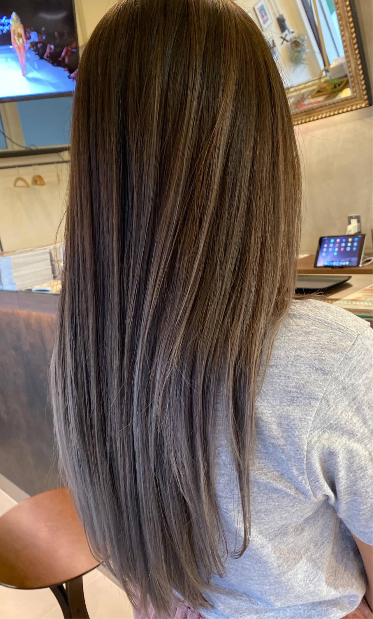 ストリート コントラストハイライト エアータッチ グラデーションカラーヘアスタイルや髪型の写真・画像