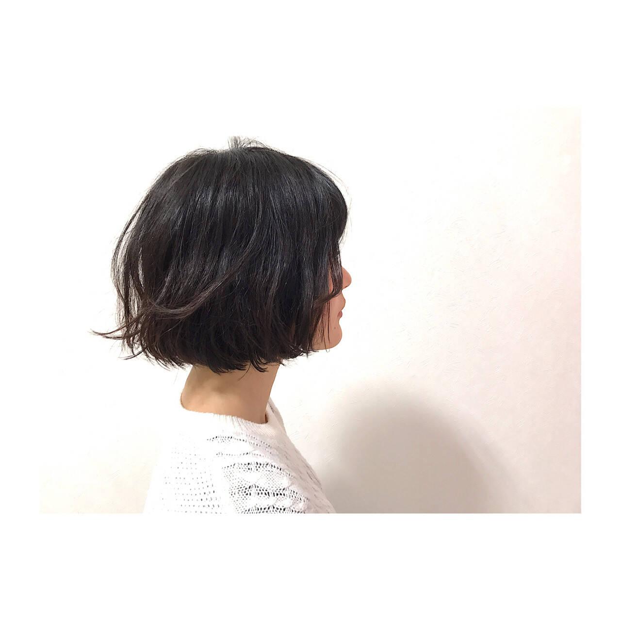 黒髪 ナチュラル 大人かわいい オフィスヘアスタイルや髪型の写真・画像