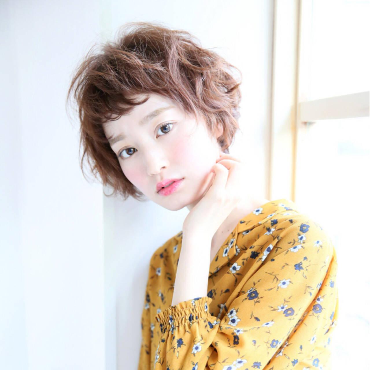 外国人風 ショートボブ 簡単 パーマヘアスタイルや髪型の写真・画像