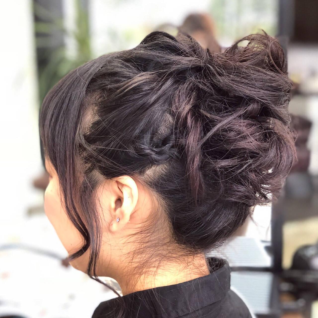 ガーリー ミディアム お団子 結婚式ヘアスタイルや髪型の写真・画像