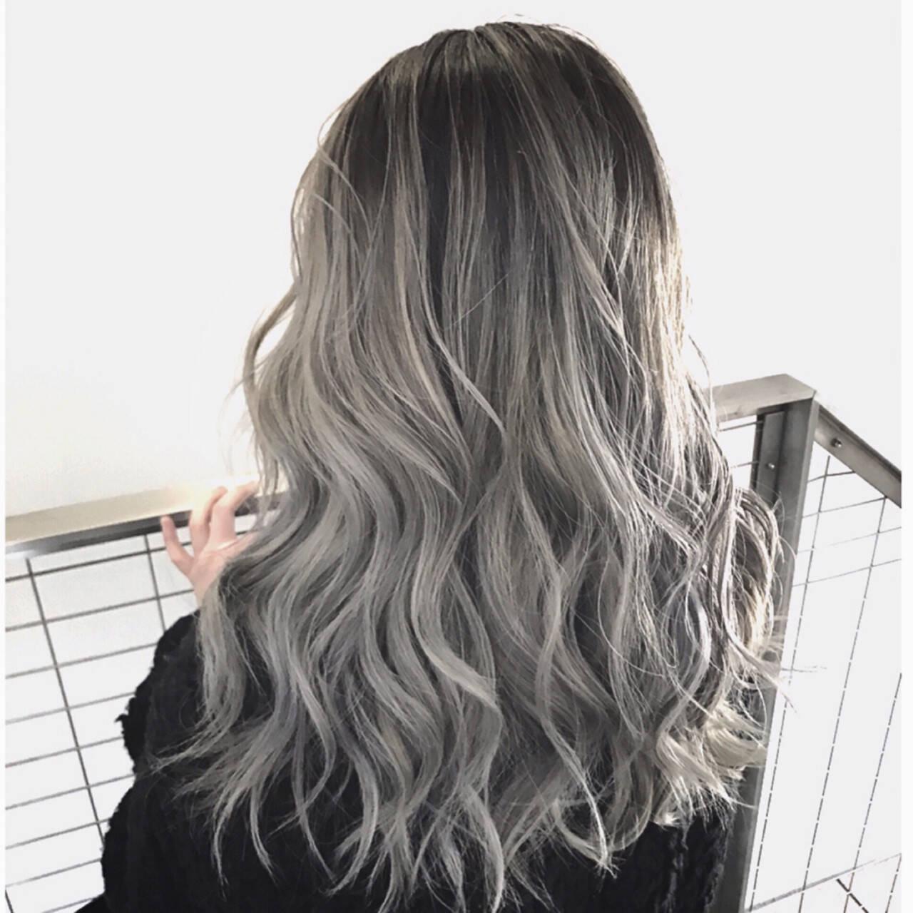 ロング バレイヤージュ ストリート ハイライトヘアスタイルや髪型の写真・画像