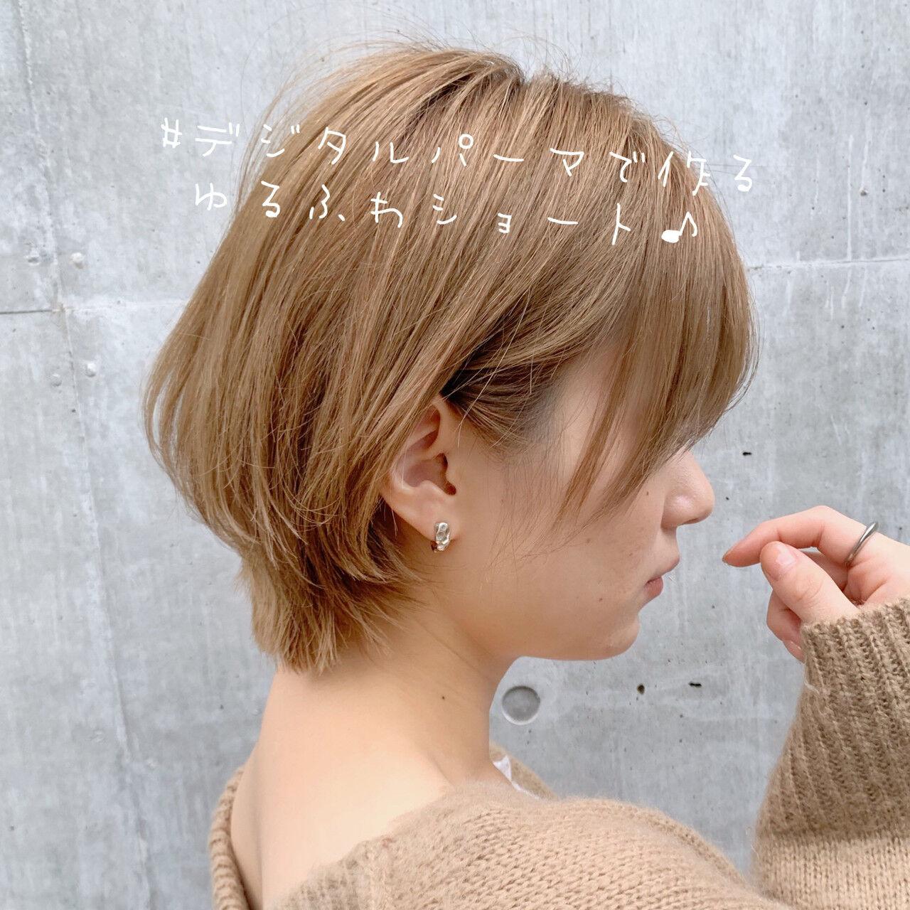 ショートヘア 切りっぱなしボブ ベリーショート ショートボブヘアスタイルや髪型の写真・画像