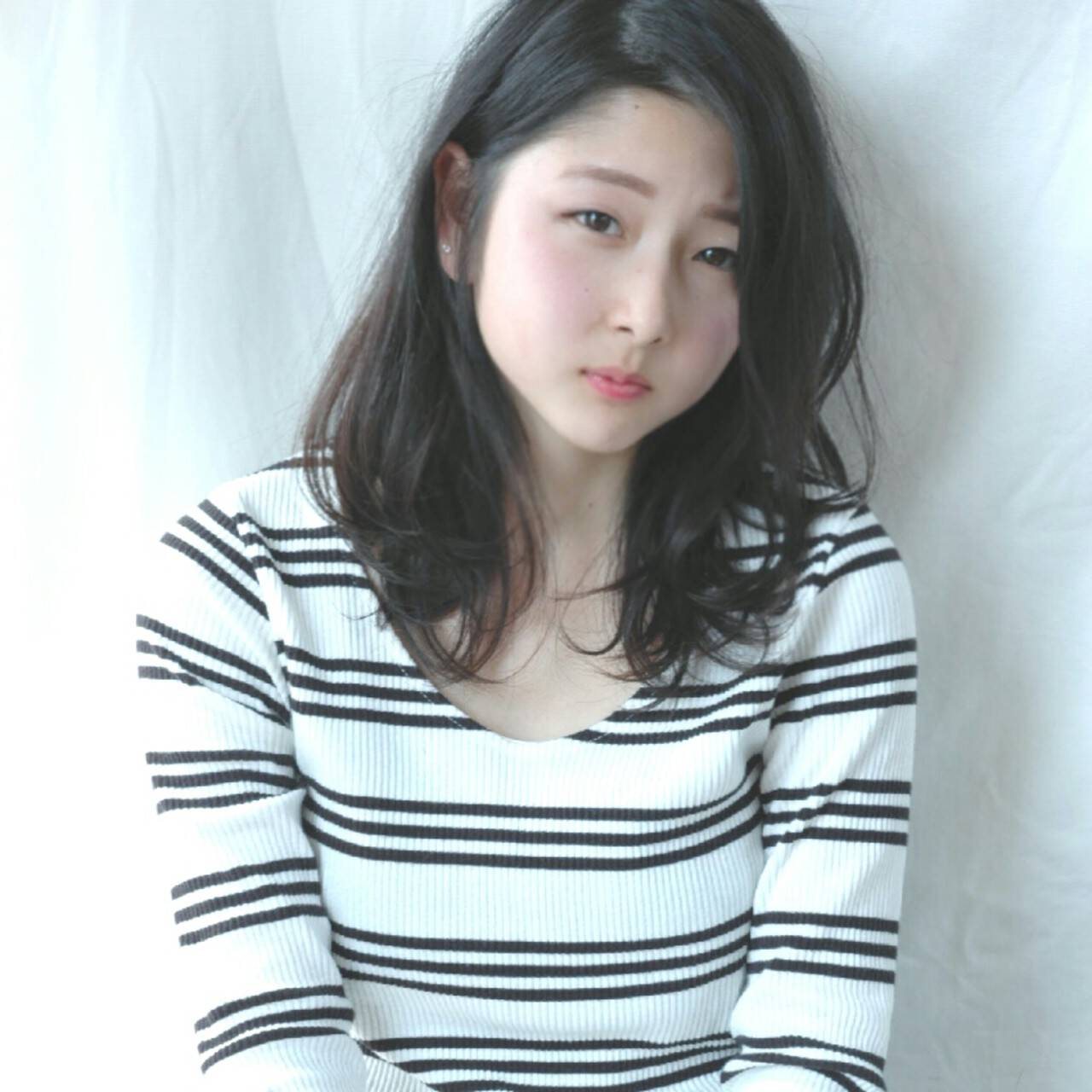 黒髪 ショート ピュア フェミニンヘアスタイルや髪型の写真・画像