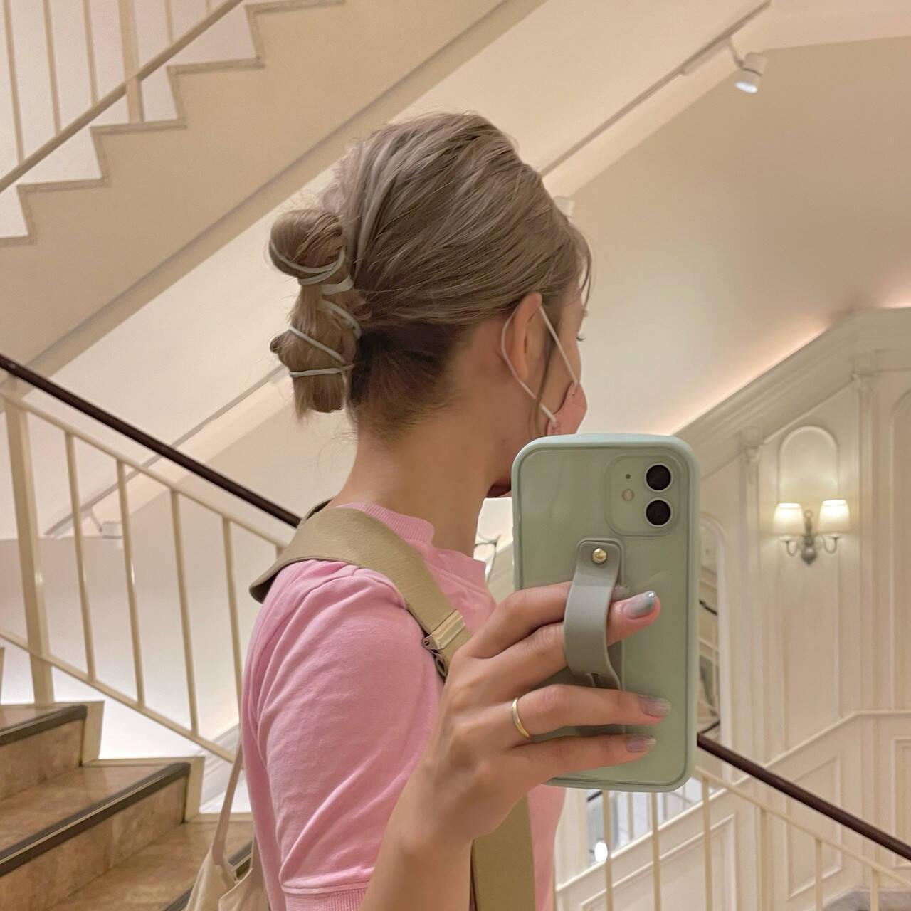 韓国ヘア 簡単ヘアアレンジ セミロング ヘアアレンジヘアスタイルや髪型の写真・画像