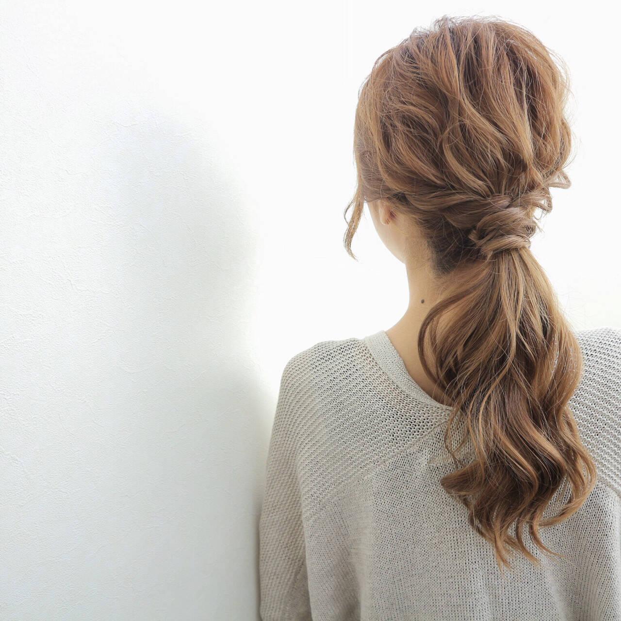 デート こなれ感 上品 セミロングヘアスタイルや髪型の写真・画像
