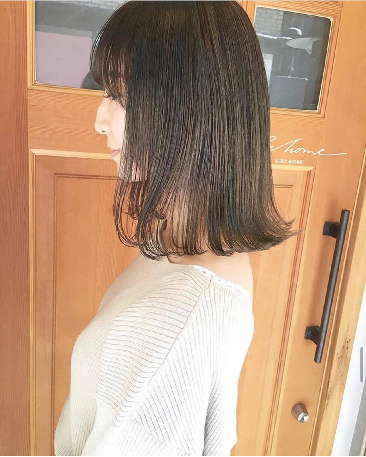 ロブ モード ミディアム 外ハネヘアスタイルや髪型の写真・画像