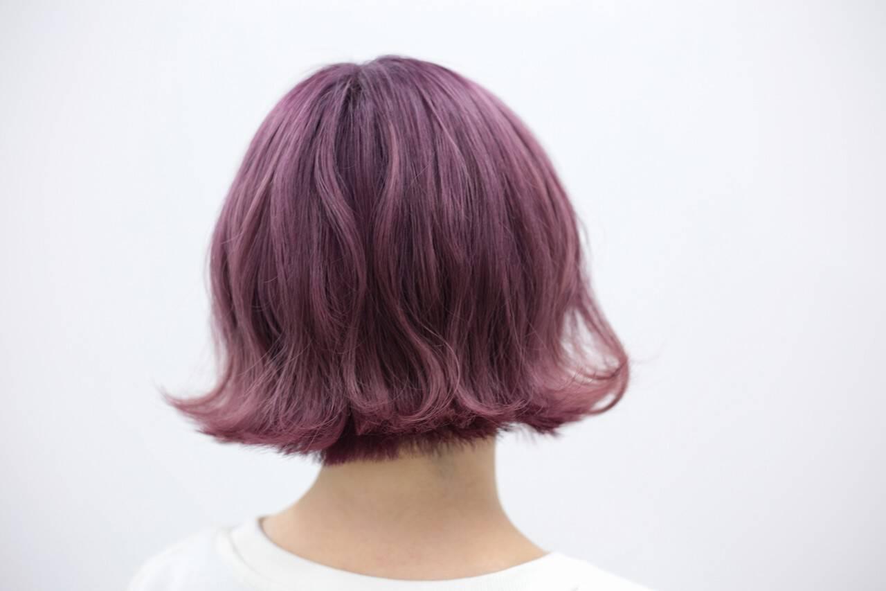 ラベンダーピンク ボブ フェミニン ハイトーンヘアスタイルや髪型の写真・画像