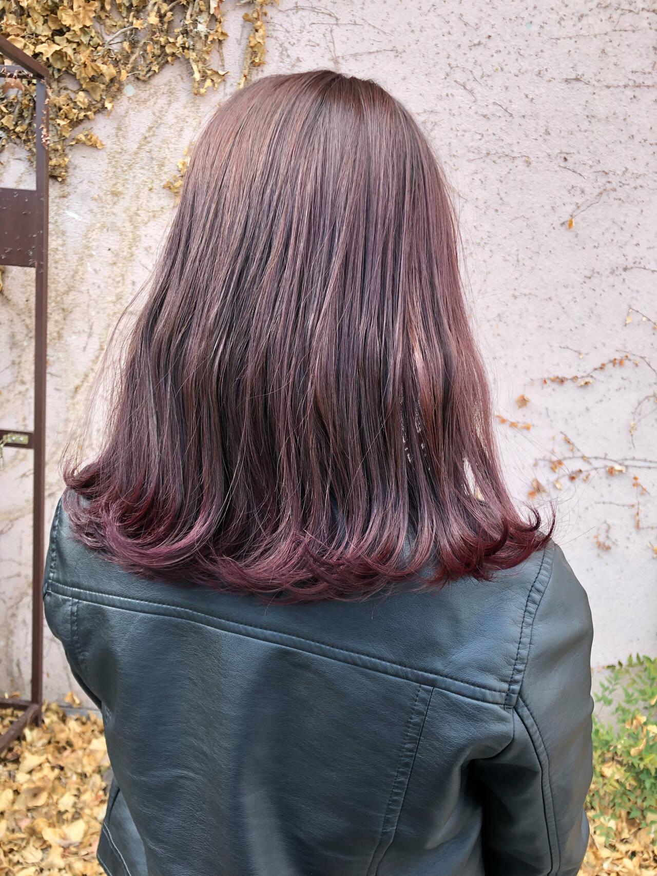ナチュラル ピンクラベンダー ミディアム ラベンダーピンクヘアスタイルや髪型の写真・画像