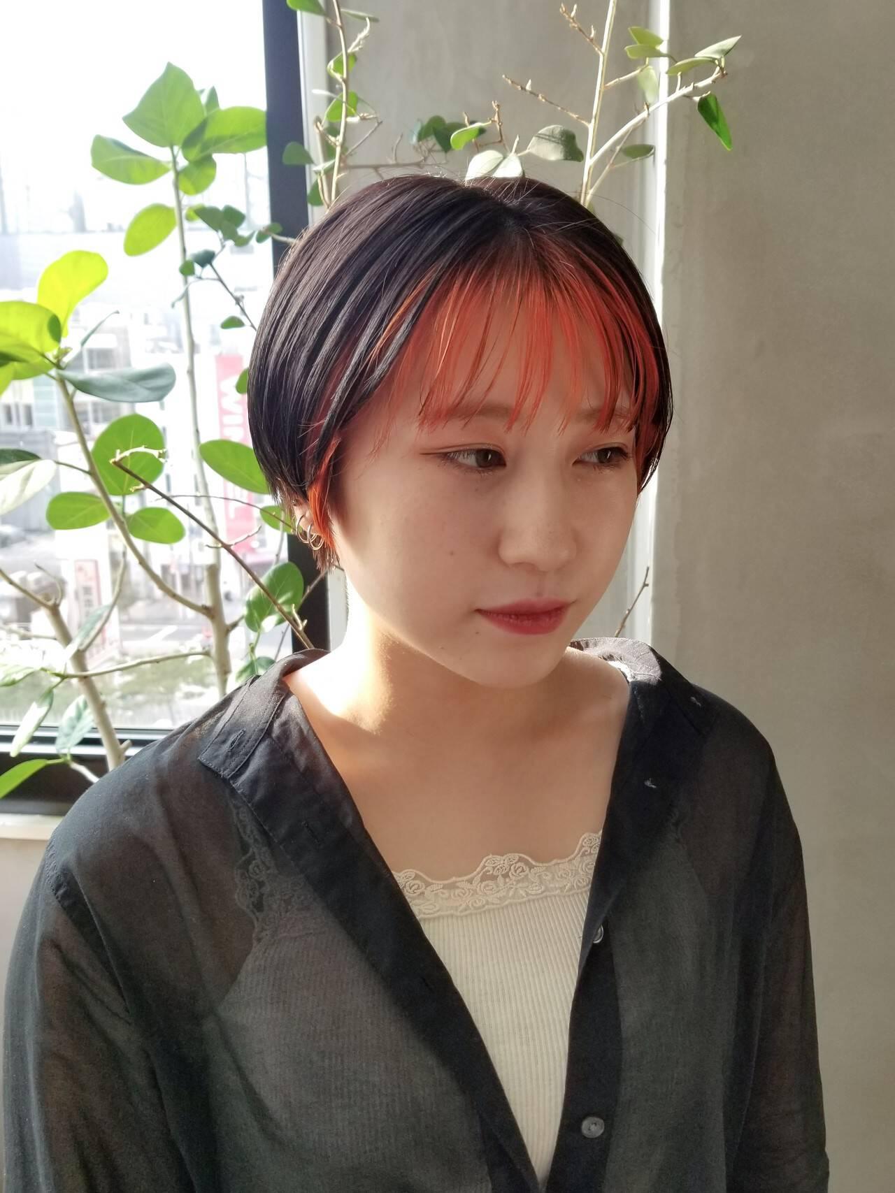 ベリーショート ストリート 前髪インナーカラー オレンジカラーヘアスタイルや髪型の写真・画像