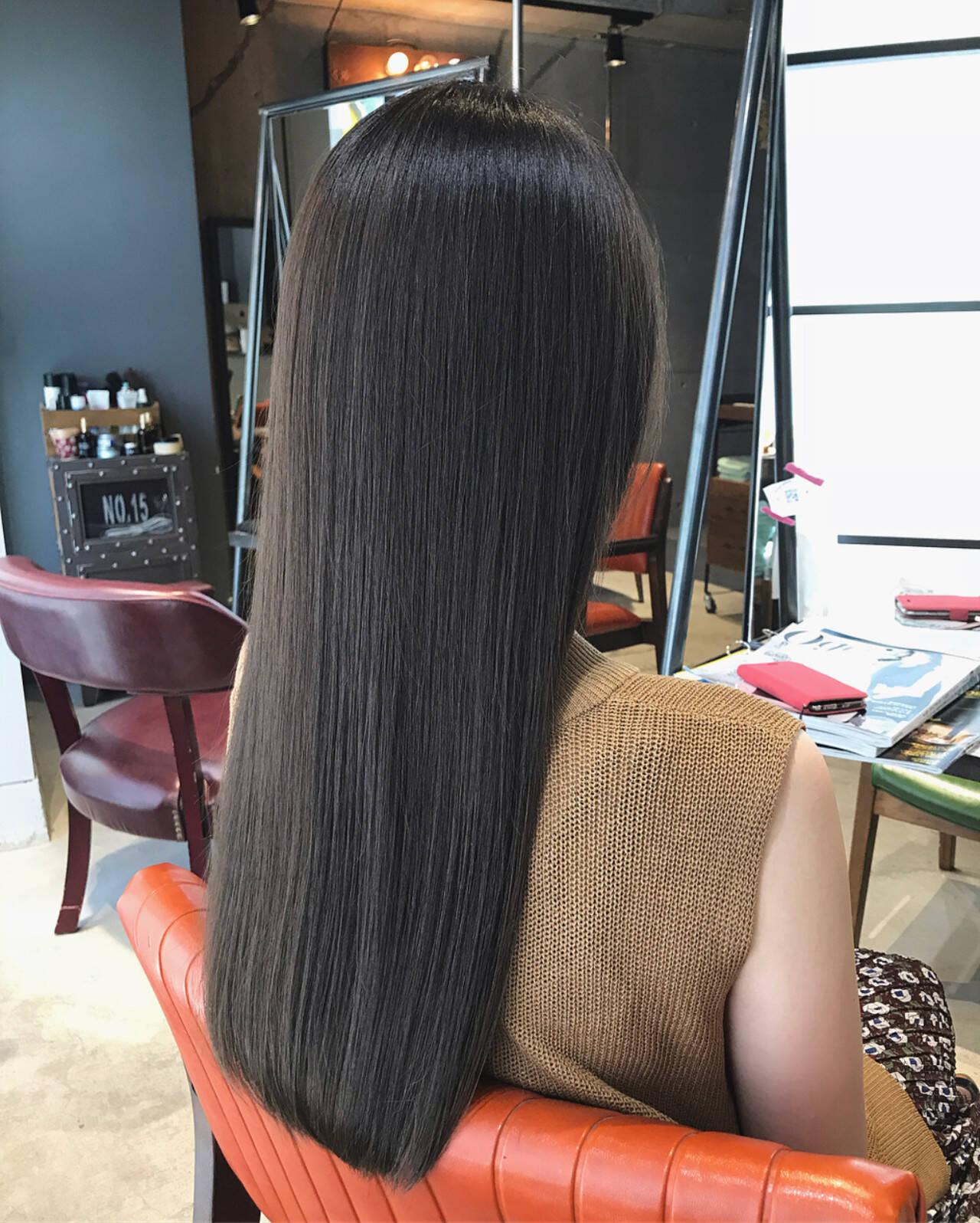 ロング 透明感カラー アディクシーカラー 大人可愛いヘアスタイルや髪型の写真・画像