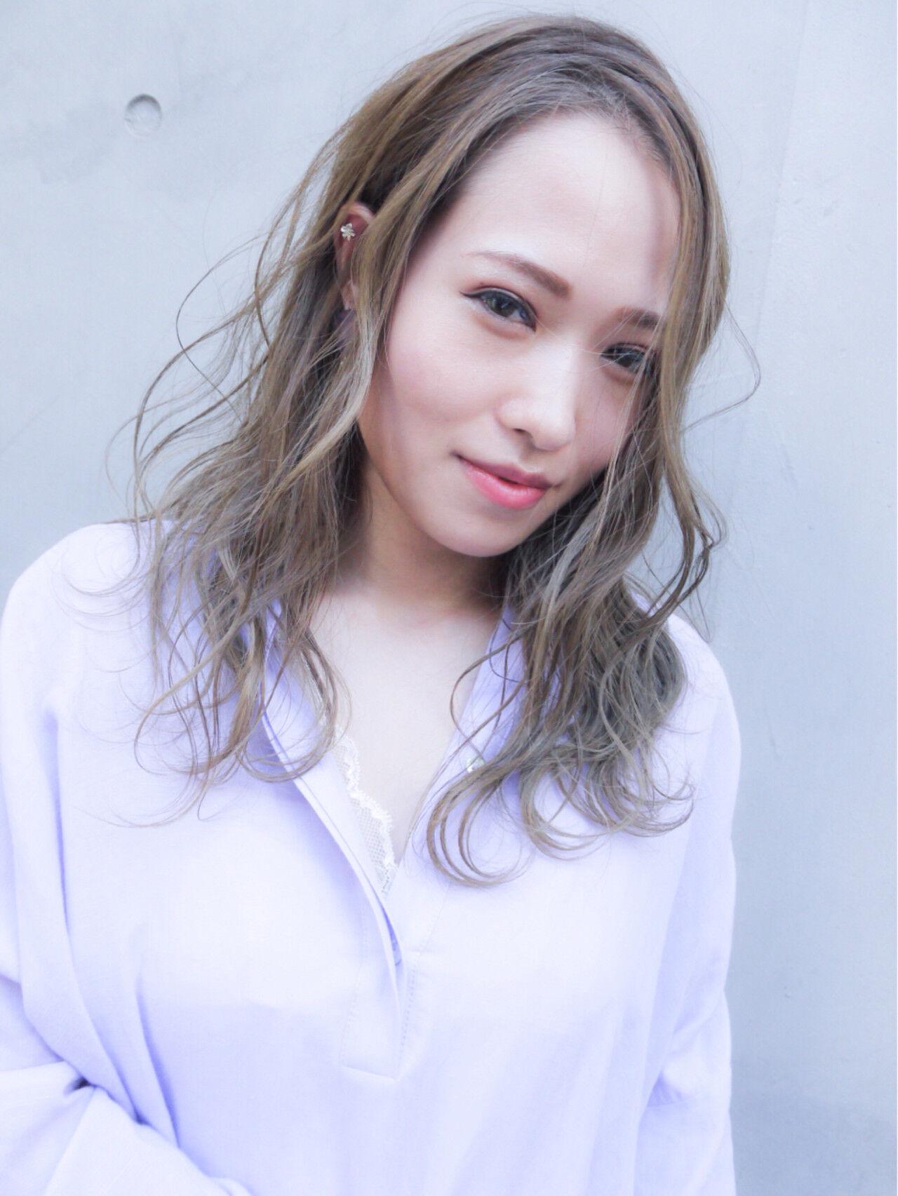 セミロング オフィス 大人かわいい 愛されヘアスタイルや髪型の写真・画像