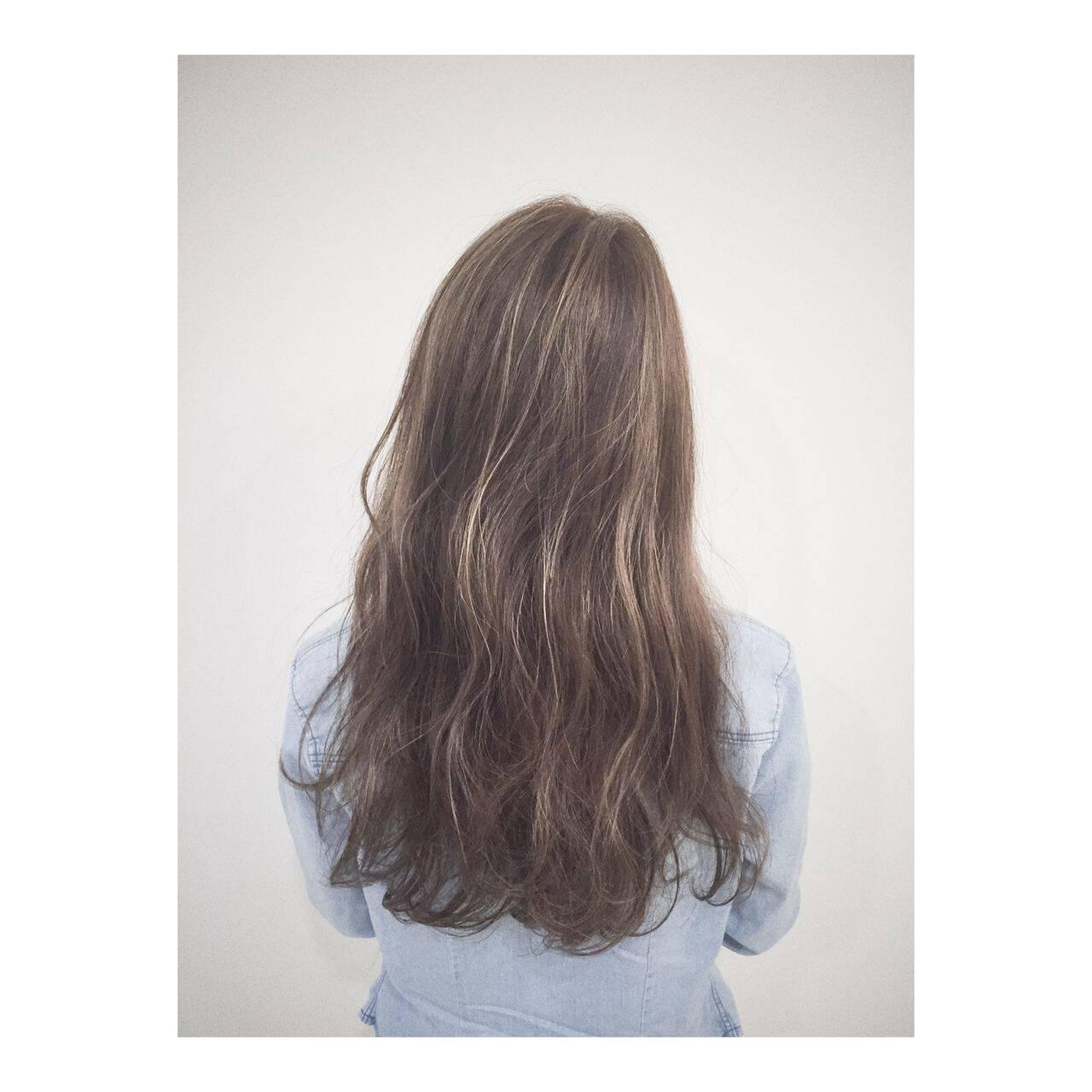 マルサラ 大人かわいい ストリート ロングヘアスタイルや髪型の写真・画像