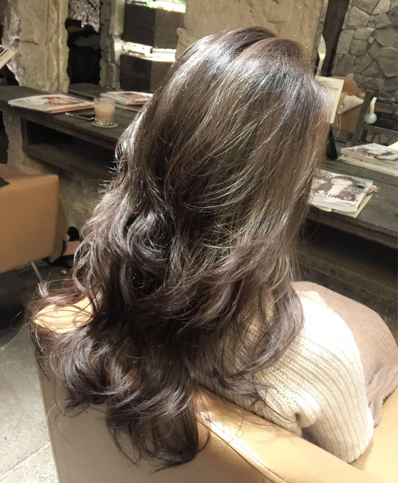 ハイライト ストリート 外国人風 かき上げ前髪ヘアスタイルや髪型の写真・画像