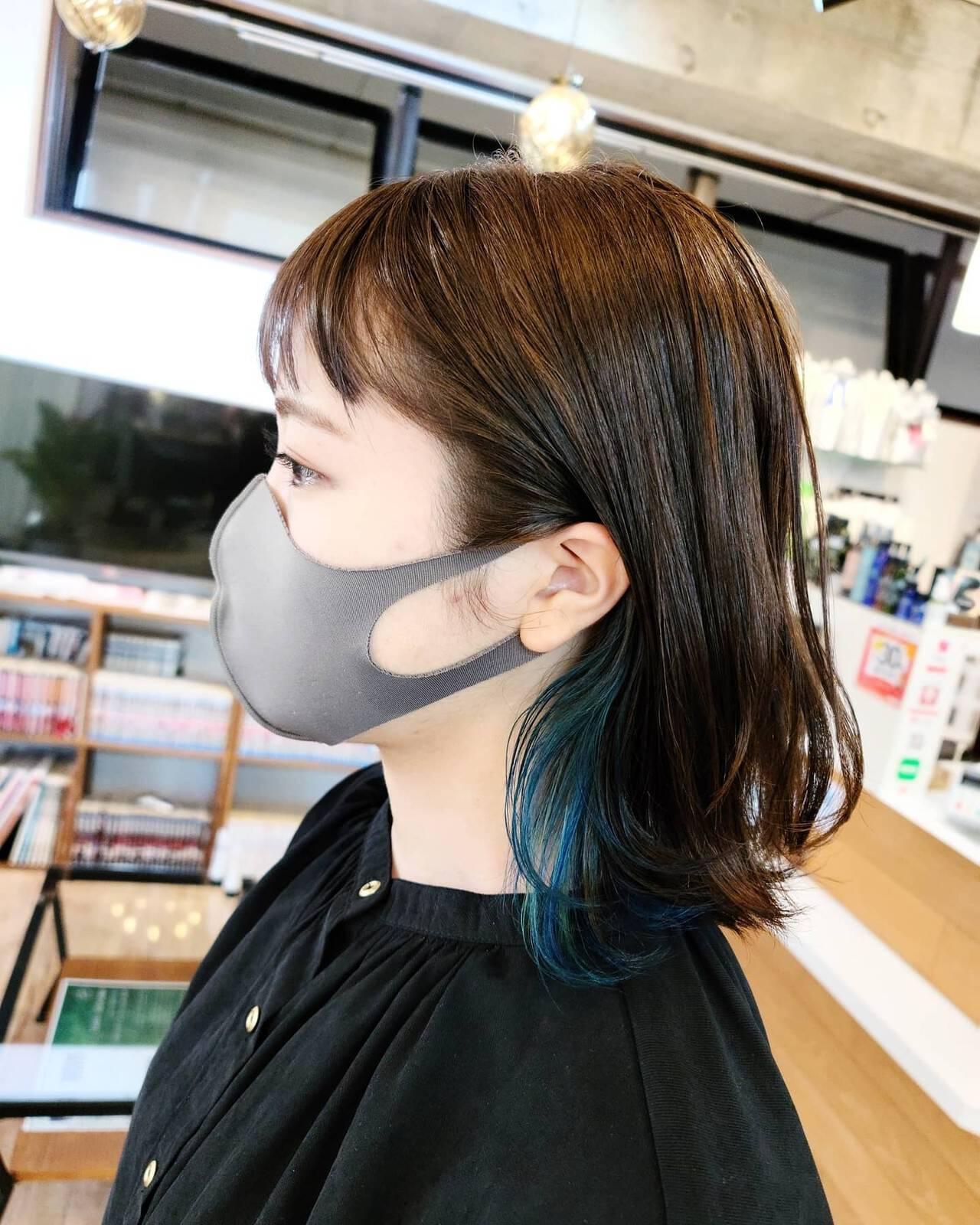 ボブ ガーリー ターコイズブルー インナーカラーヘアスタイルや髪型の写真・画像