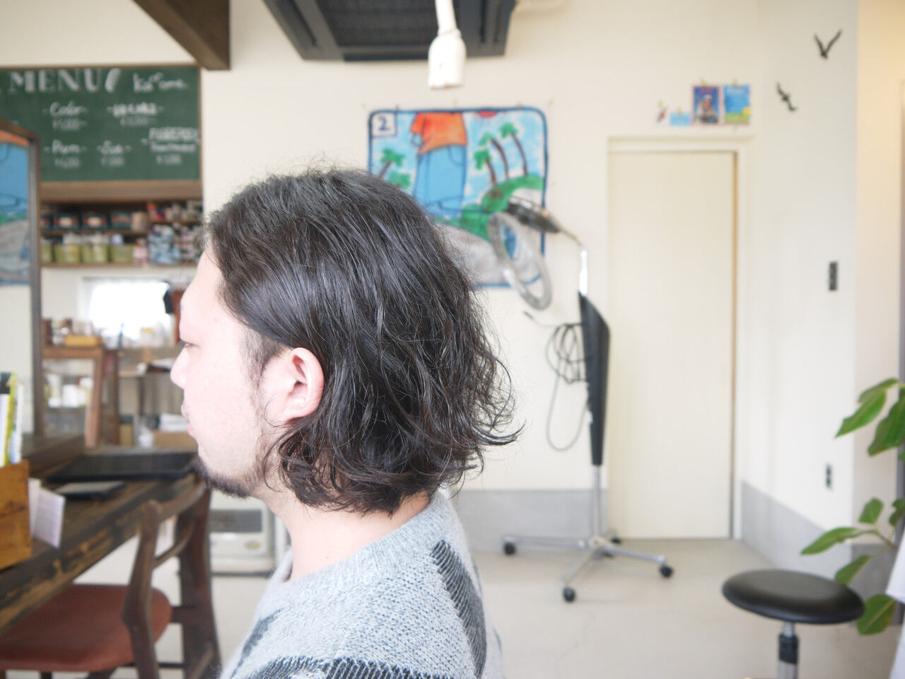 ナチュラル メンズカット メンズパーマ メンズスタイルヘアスタイルや髪型の写真・画像