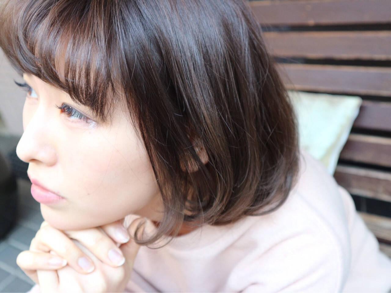 色気 黒髪 暗髪 外国人風ヘアスタイルや髪型の写真・画像