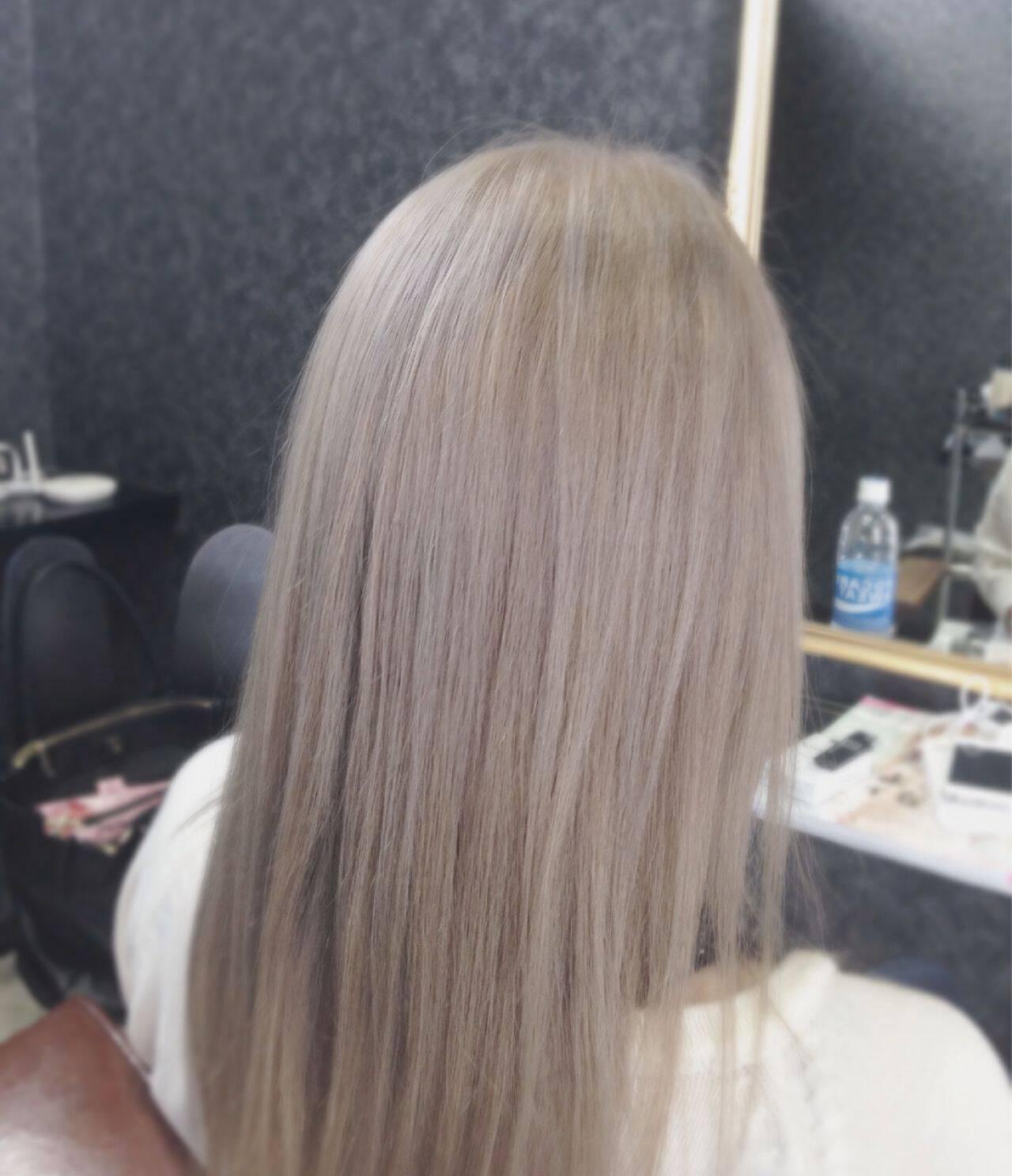 アッシュグレージュ 外国人風 ホワイトアッシュ ラベンダーアッシュヘアスタイルや髪型の写真・画像