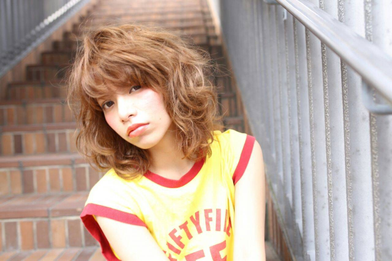 外国人風 ストリート ボブ ラフヘアスタイルや髪型の写真・画像
