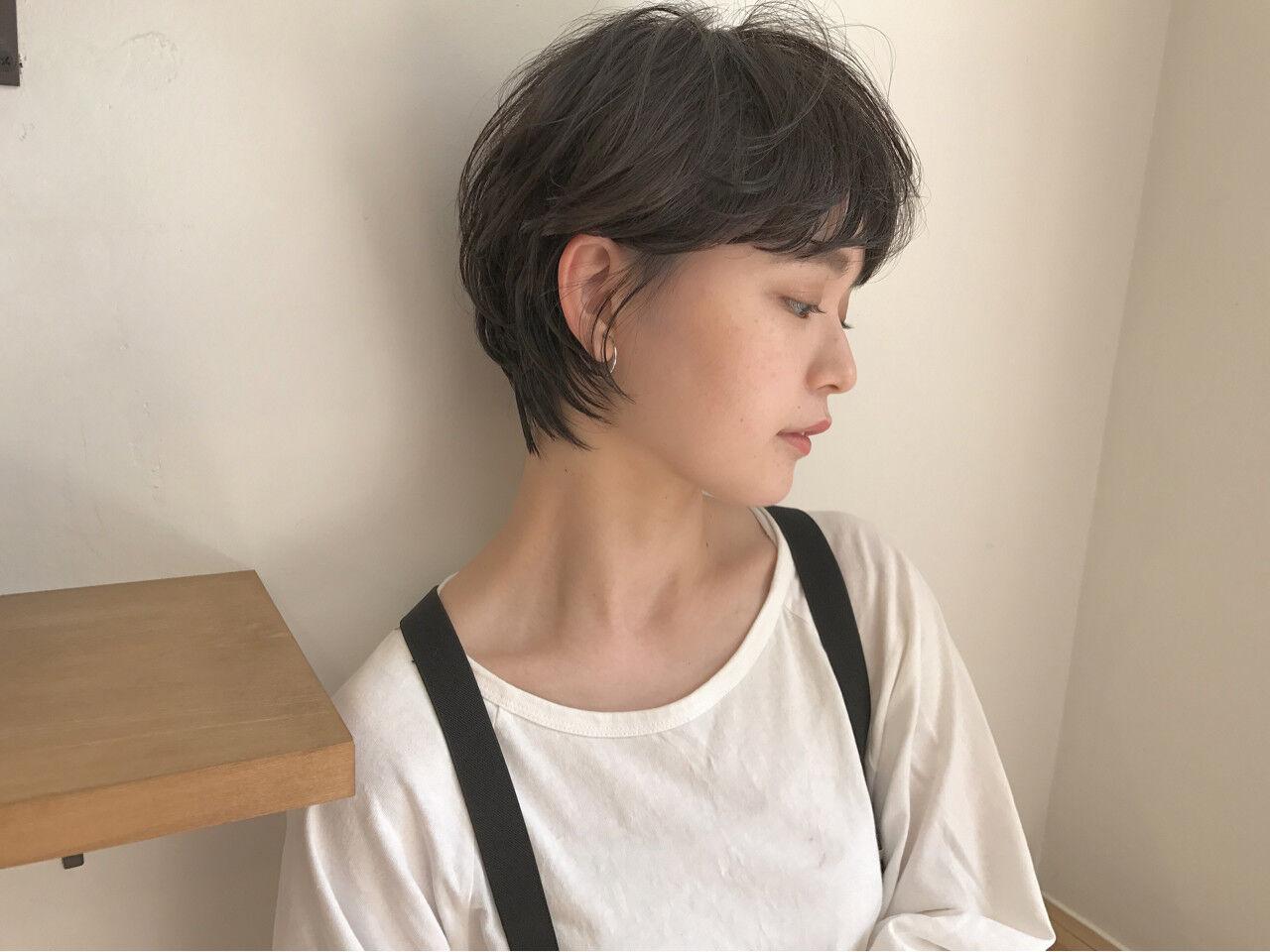 リラックス ショートボブ 小顔 ショートヘアスタイルや髪型の写真・画像