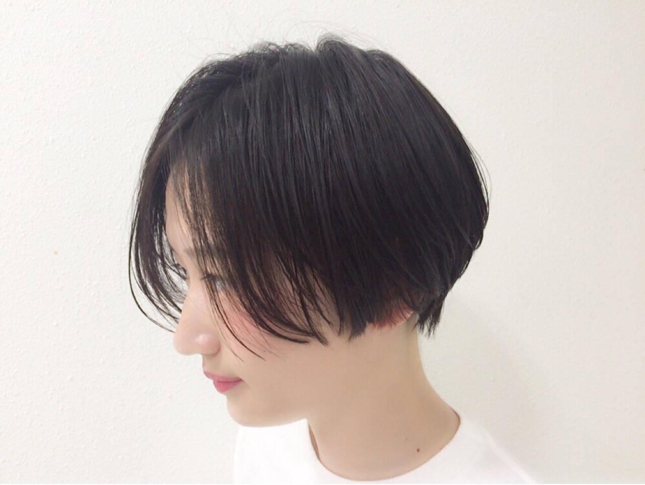 ウェットヘア 暗髪 ショート 黒髪ヘアスタイルや髪型の写真・画像