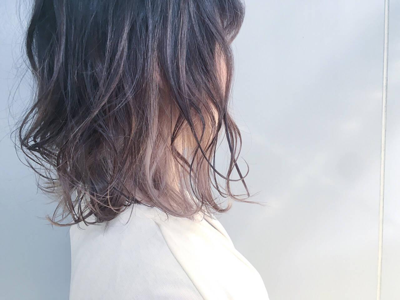 グラデーションカラー アッシュベージュ アッシュグレージュ ボブヘアスタイルや髪型の写真・画像
