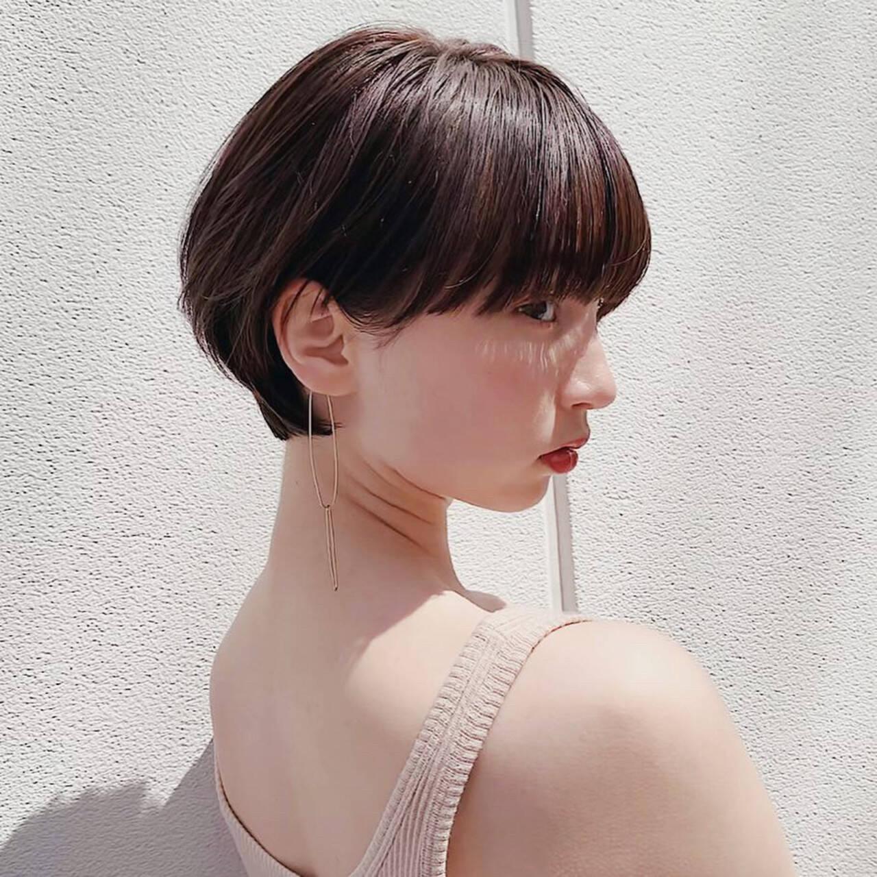 デート ピュア ショート エレガントヘアスタイルや髪型の写真・画像