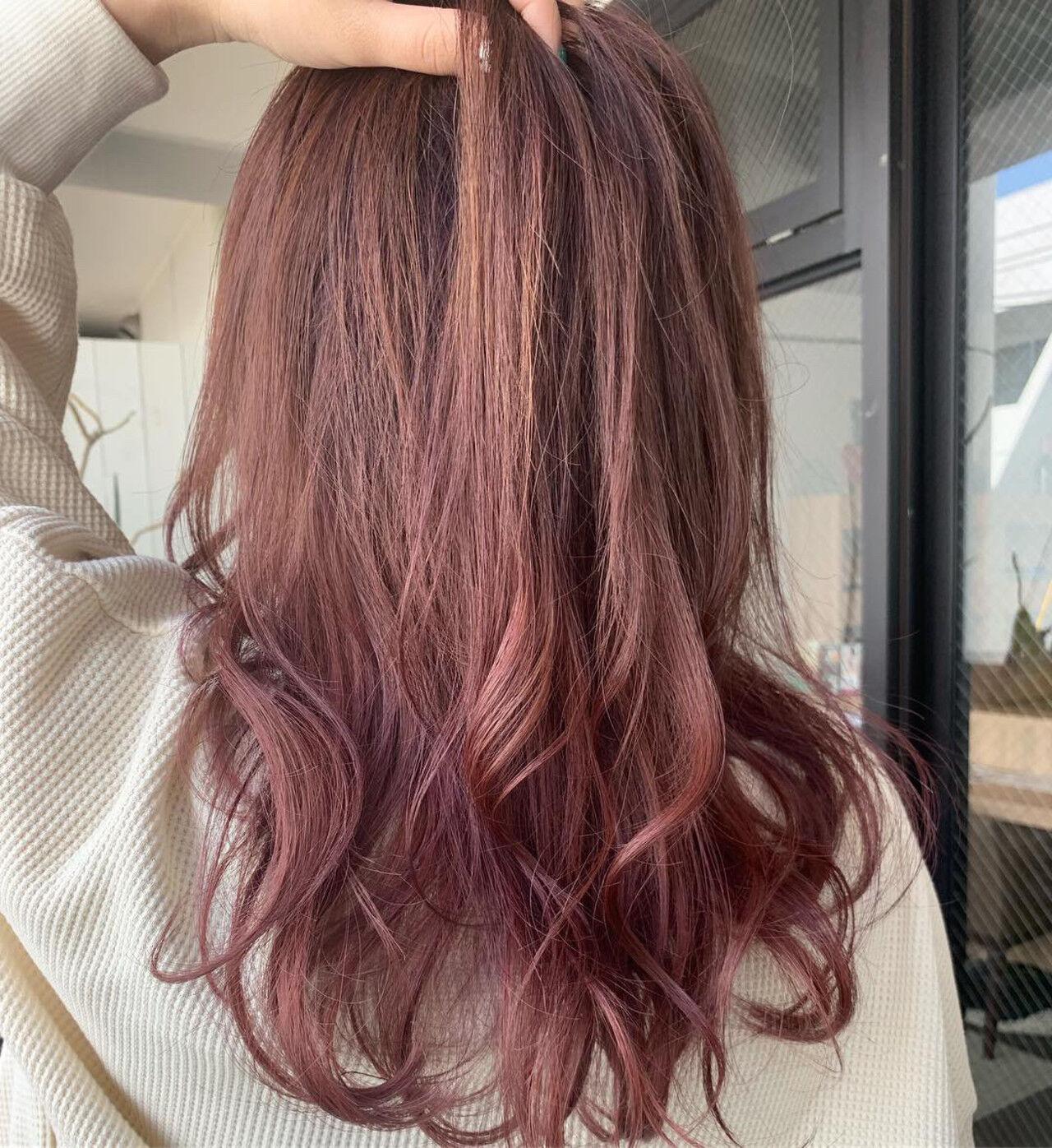 エレガント ラベンダーピンク アンニュイほつれヘア ラズベリーピンクヘアスタイルや髪型の写真・画像