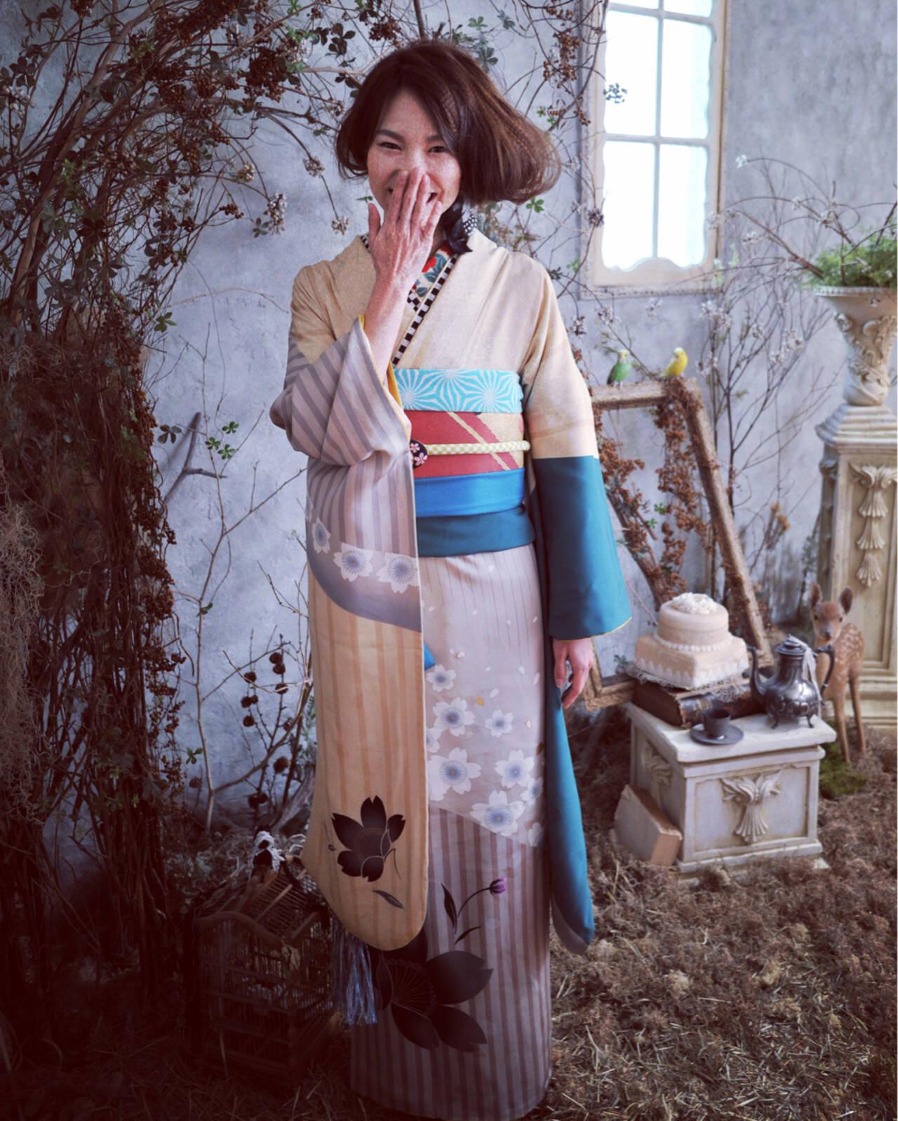 ヘアアレンジ 成人式 セミロングヘアスタイルや髪型の写真・画像